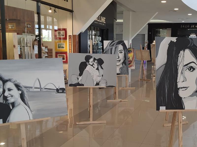 Exposição chama a atenção no Center Shopping